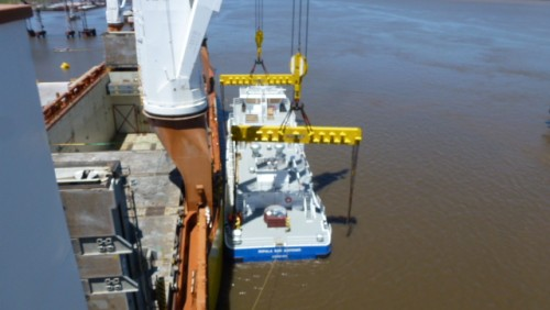 Two tugs discharge in URUGUAY